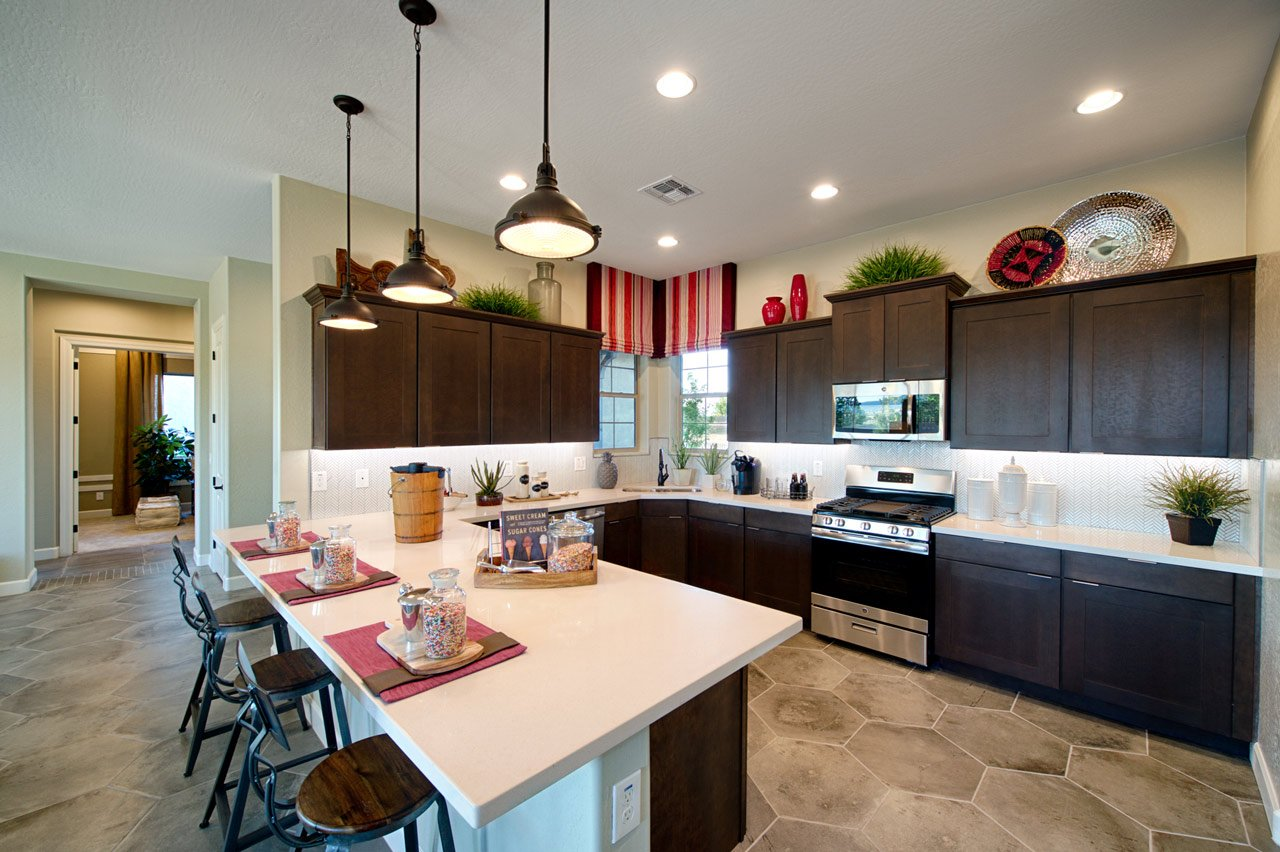 Dorn Designs: Kitchen Backsplashes