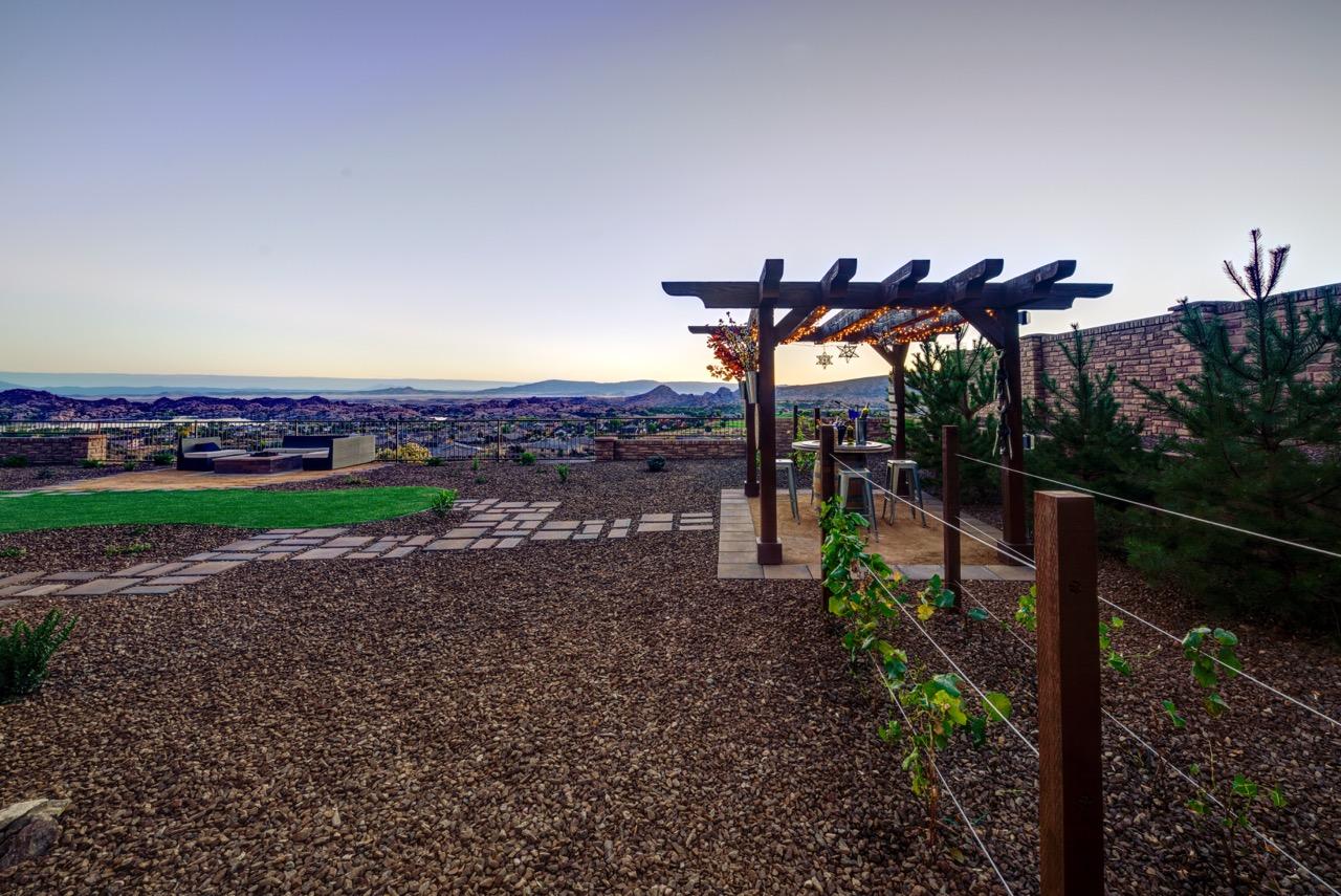 Dorn Designs: Outdoor Living